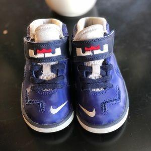 Nike soldier 7 boys infant sneaker